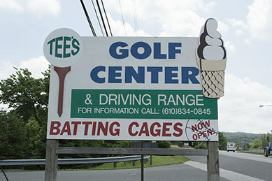 Tees Golf Sign